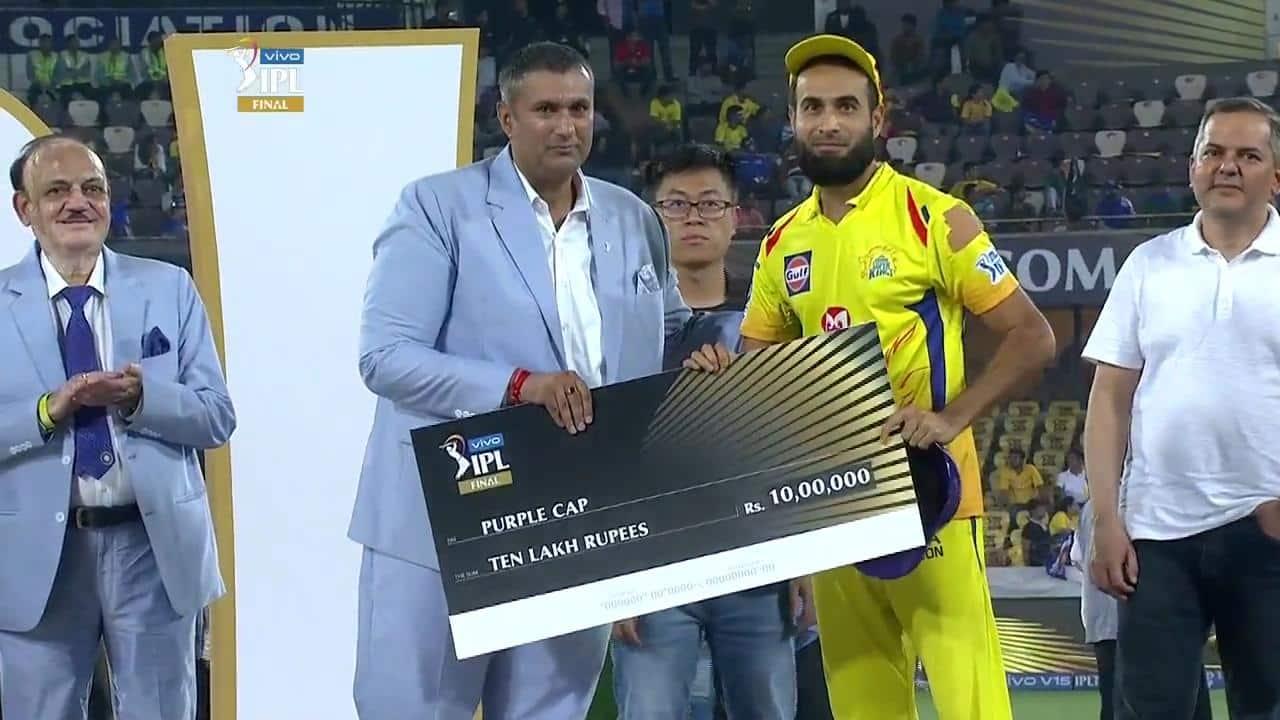 Imran Tahir won the Purple Cap award in IPL 2019